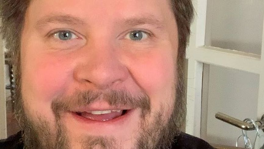 Janne Kataja lähes tunnistattomana.